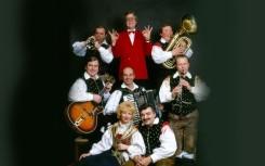 10 Alpski kvintet in humorist Vinko Simek