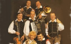 11 Alpski kvintet je postal zelo uspesen ansambel