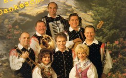 13 Gesangstrio Ivanka, Simona und Braco