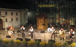 21 Alpski Quintett mit der Violinistin Alenka Semeja